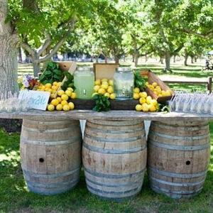 wine-barrels-table-center